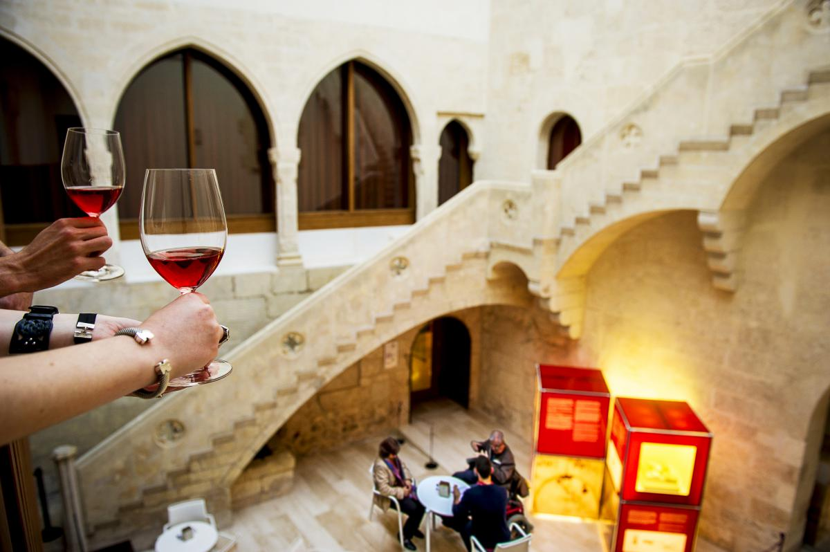 discover the culture through gastronomy City-discoverycom proposes tours and attractions in barcelona food, wine & gastronomy  discover the famous  culture through wine, cava, and gastronomy.
